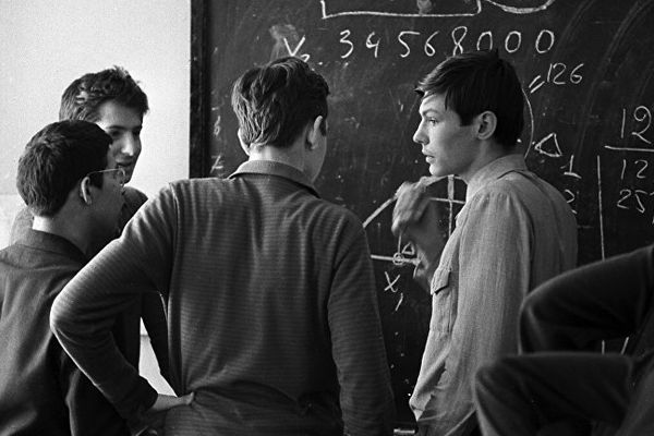 Why Russia Has No Outstanding Mathematicians
